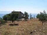 Casa Panoramica con Terreno Agricolo.